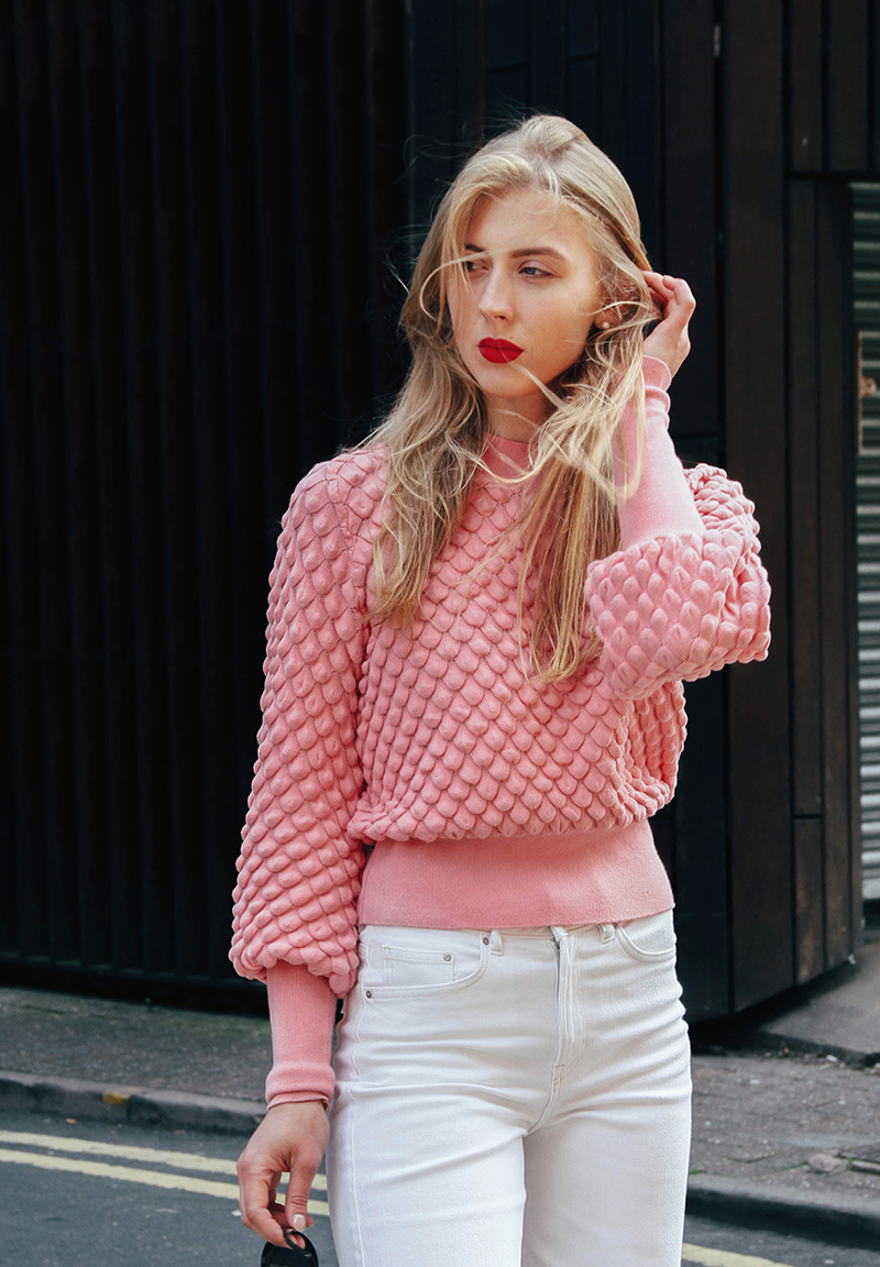 ivoblog---think pink-lindex sweater-white denim 07
