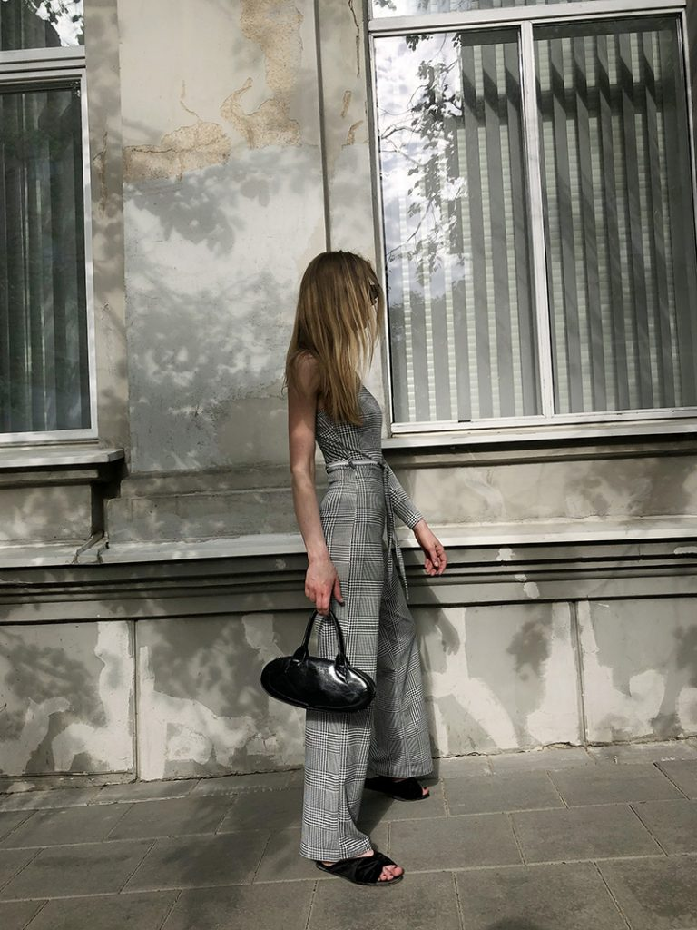 ivoblog -- femme luxe finery - one shoulder trend 4